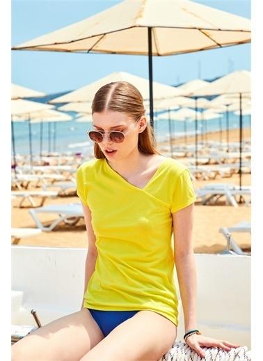 Latin Quarter Asimetrik Yaka Supima® T-shirt Sarı